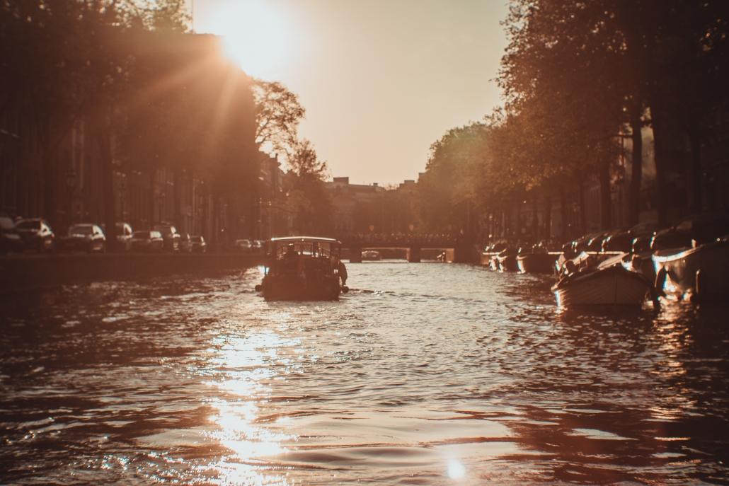 Amsterdam home gracht